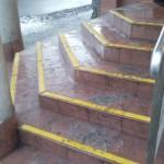 Delikatesy - Skawina - pasy antypoślizgowe, oznakowanie schodów