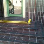Kopalnia Soli Wieliczka 3 - antypoślizgowe oznakowanie schodów, pasy