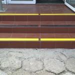 Kopalnia Soli Wieliczka 8 - pasy antypoślizgowe , oznakowanie schodów