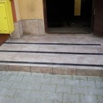 PGM Skawina - Wspólnota Mieszkaniowa - pasy antypoślizgowe na schody