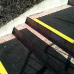 SM Kabel 2 - zejście dla pieszych - maty antypoślizgowe, oznakowanie schodów